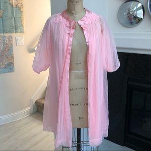 Vintage 1960s Gossard Artemis pink robe chiffon P